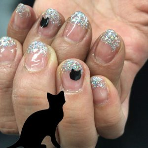 Sugar Silver Gel Nails   http://www.ankh-jp.com